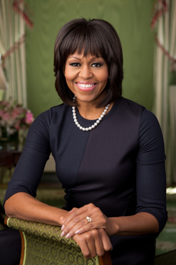 Michelle_Obama_2013_official_portrait.jpg